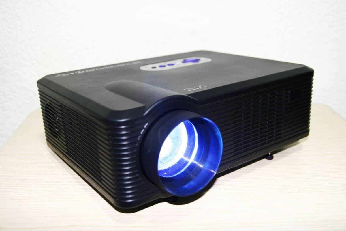 Hướng dẫn chọn máy chiếu theo nhu cầu tại TECH360