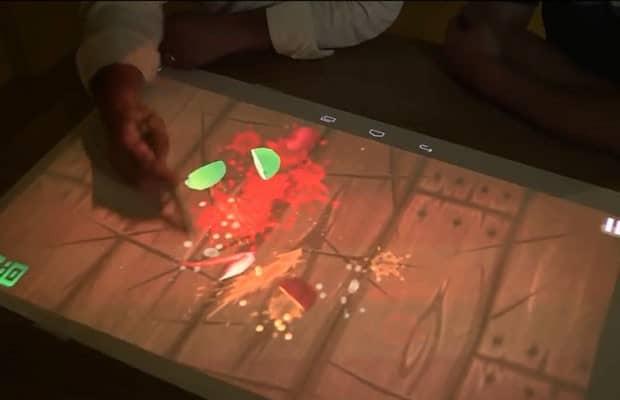 Máy chiếu mini TouchPico màn hình cảm ứng