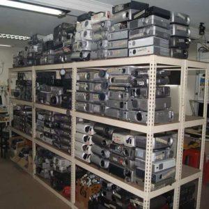 Có nên mua máy chiếu cũ hay không?