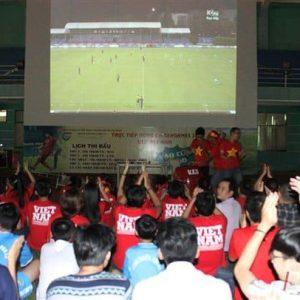 máy chiếu xem bóng đá tốt nhất