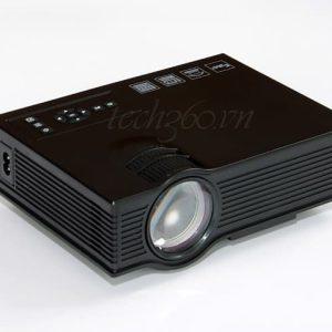 UC40 Plus - Máy chiếu phim giá rẻ cho gia đình