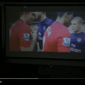 Máy chiếu Tyco T6 chiếu bóng đá