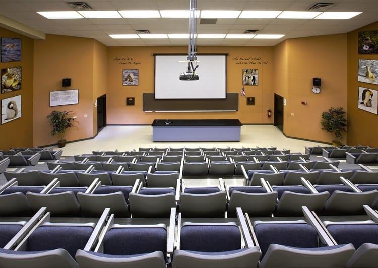 Máy chiếu hội trường